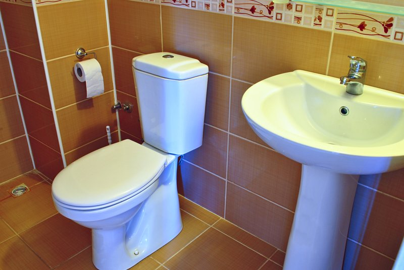 How Much Water Does a Toilet Use? - Plumbing Paramedics - Expert Plumbers Calgary